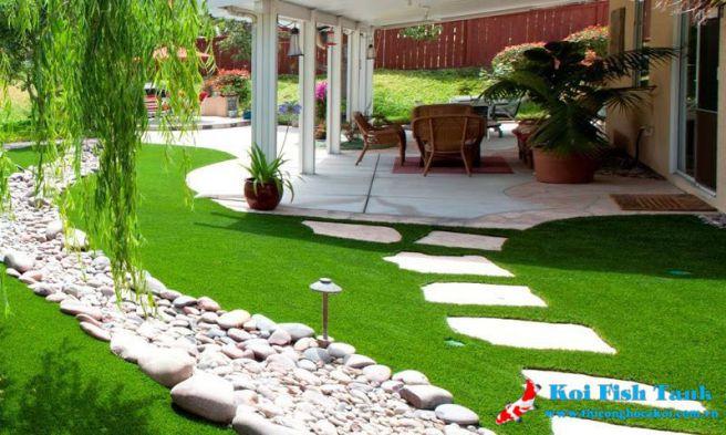 Thiết kế sân vườn cỏ nhân tạo đẹp