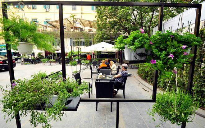 Thiết kế sân vườn quán cà phê